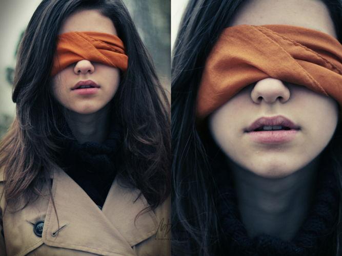 фото девушек с завянными глазами