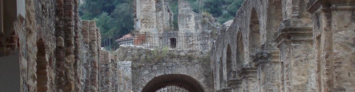 Глубинка Калабрии — горные селения Соряно и Серра Сан Бруно. Паломничество и активный отдых