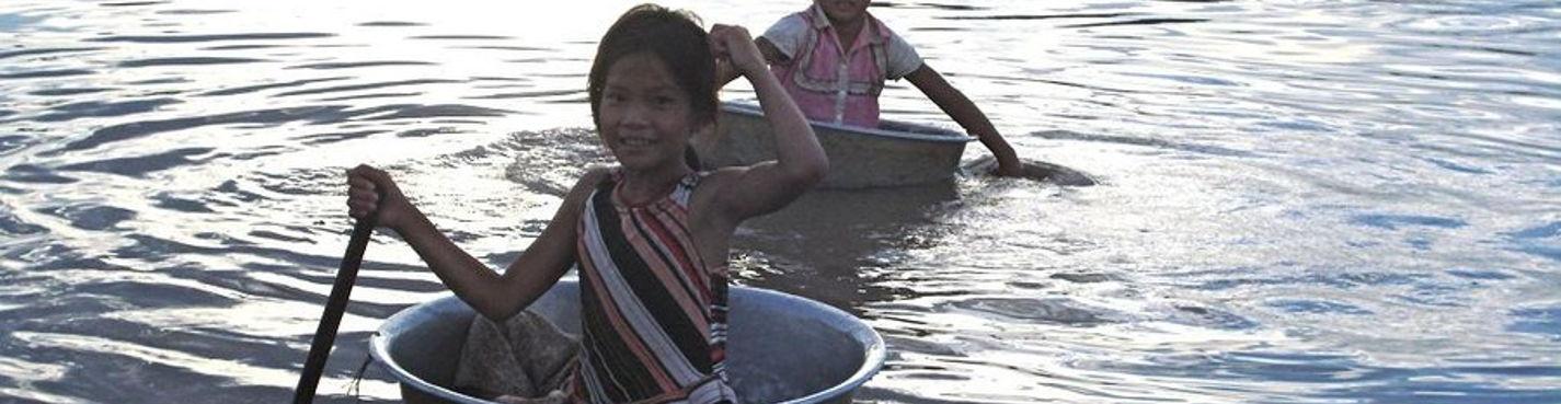 Озеро Тонлесап. Посещение плавучей деревни и деревни на сваях (Chong Khneas, Kampong Phluk)