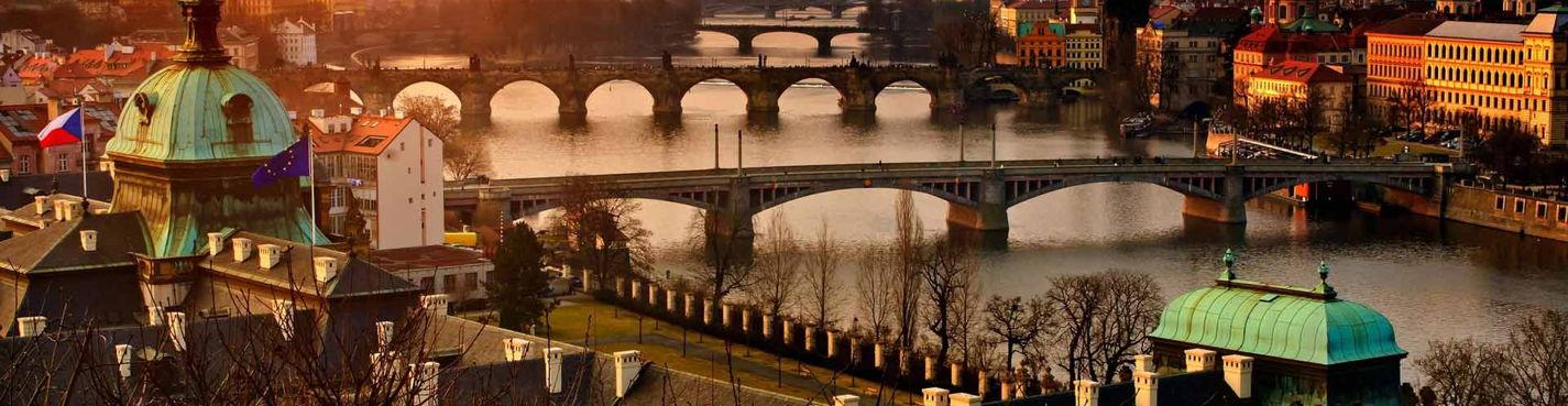 Прага вечерняя (теплоход + фонтан)