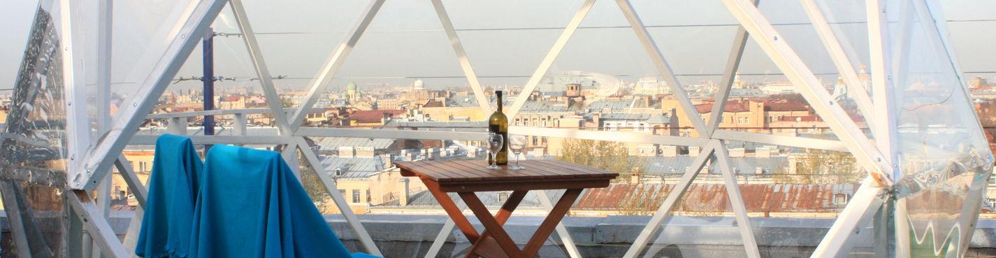 Романтическое свидание для двоих с видом на исторический центр Петербурга.