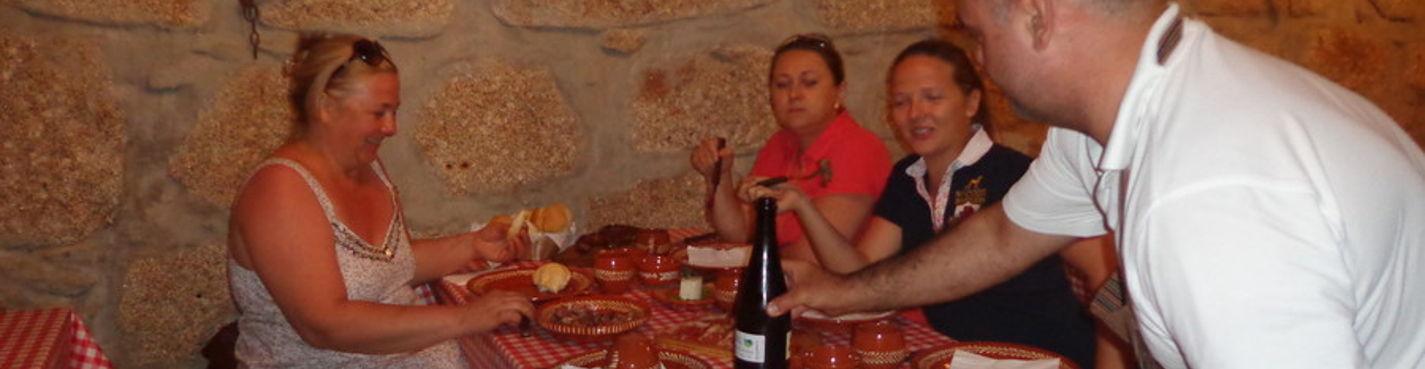 Ужин в гостях у португальской семьи. Ночной Порту.