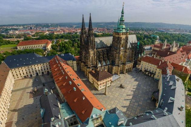 Билет в Пражский град с экскурсией