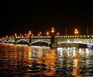 Ночная прогулка по рекам и каналам Петербурга. Разведение мостов.
