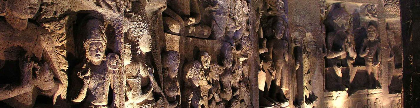 Пещеры Эллоры и Аджанты, мини Тадж Махал и форт Даулатабад