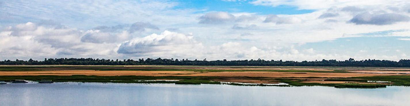 Тонле Сап — большое озеро. Между небом и водой
