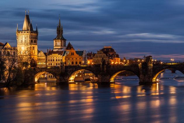 Экскурсия в Праге: Вечерняя прогулка на кораблике