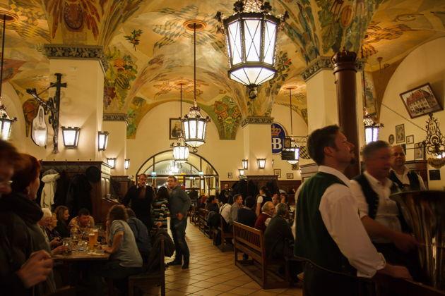 Экскурсия в Мюнхене: Королевская пивная Хофбройхаус