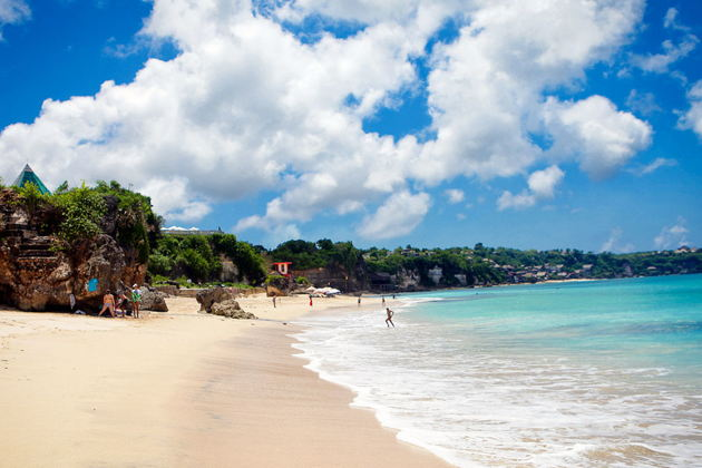 Экскурсия в Денпасаре: Пляжи Бали и Улувату