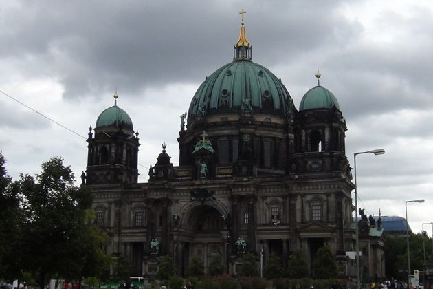 Экскурсия в Берлине: Унтер ден Линден — от дворца до Бранденбургских ворот